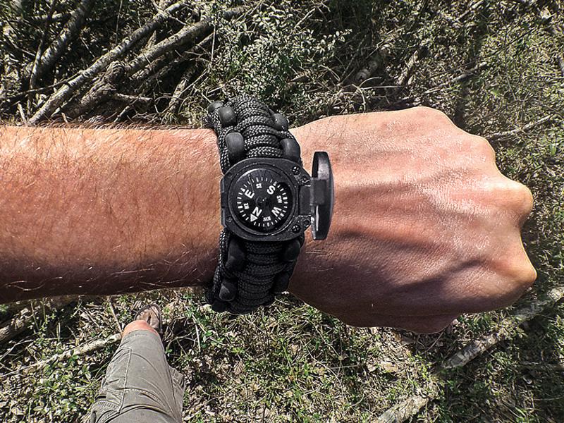 Wazoo Survival Gear Adventure Paracord Bracelet
