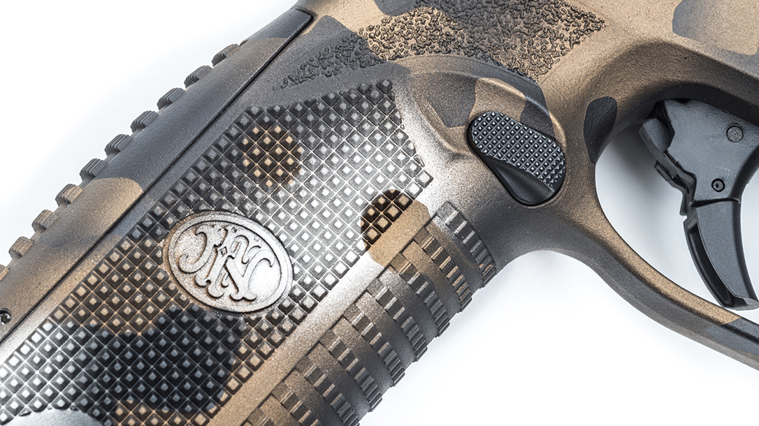 MAD Custom Coating FN 509 Pistol grip