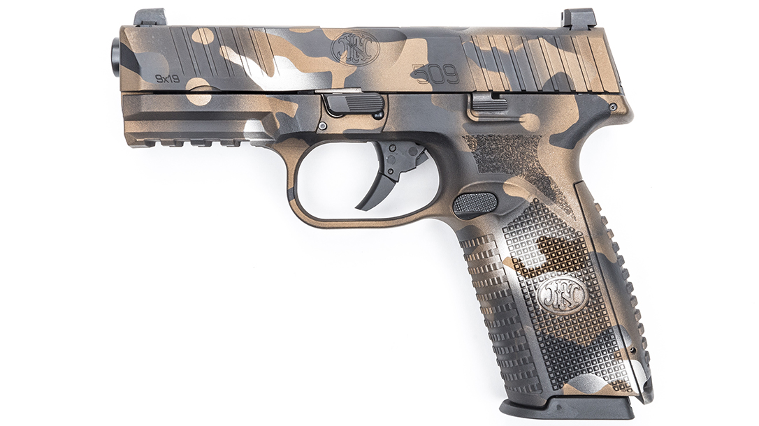 MAD Custom Coating FN 509 Pistol left