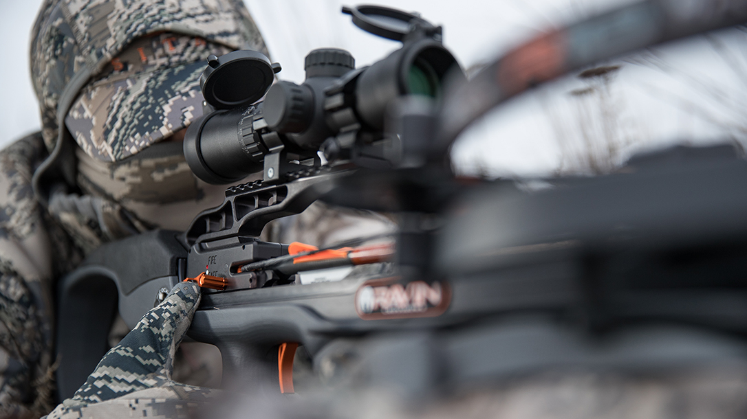 Ravin R9 Predator Camo Crossbow aiming