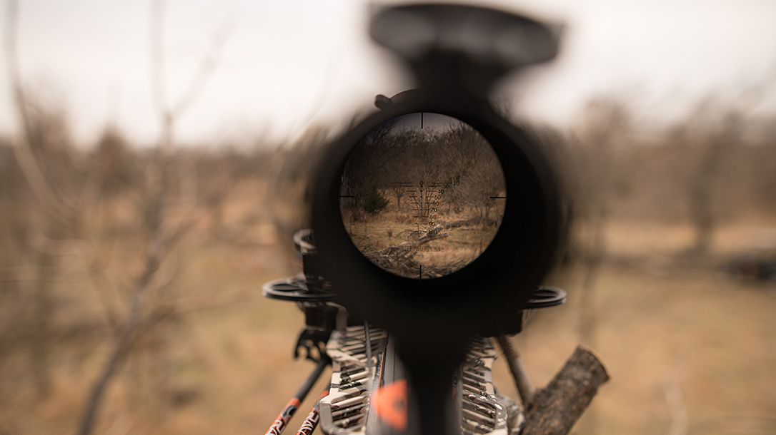 Ravin R9 Predator Camo Crossbow scope