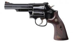 Smith & Wesson Model 19 Classic revolver left