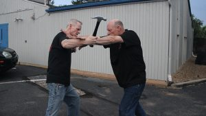 Shoulder Stop, self-defense, hammer, step 3