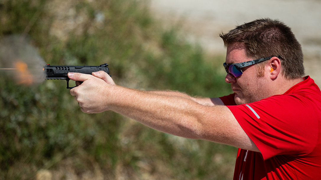 Best Full-Sized Pistol 2019, test fire, 9mm handgun