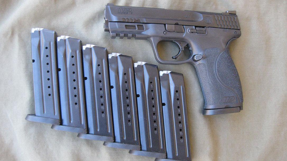 S&W M&P M2.0 Pistol, magazines