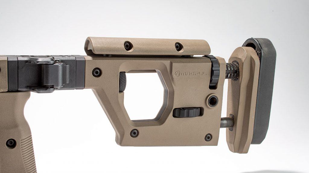 An adjustable butt stock of the Magpul Pro 700 is done without tools.
