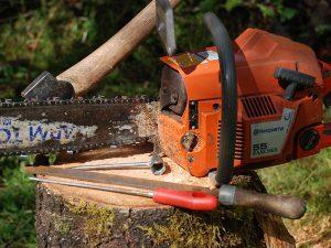 chainsaw maintenance lead