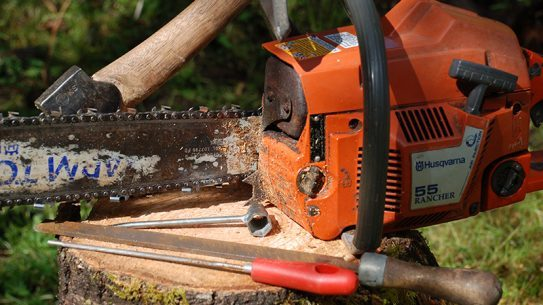 chainsaw maintenance lead