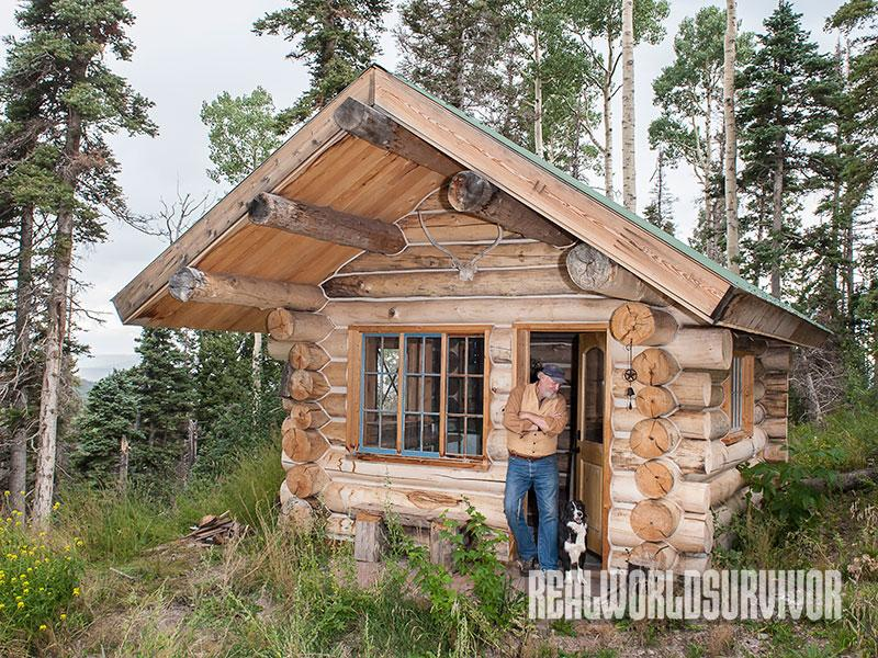 9 tips for building a 700 square foot cabin for 3 000 for Small cottages to build