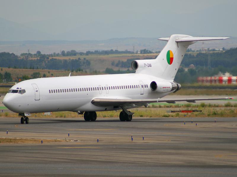 Boeing, Boeing 727, Bruce Campbell, Bruce Campbell Boeing