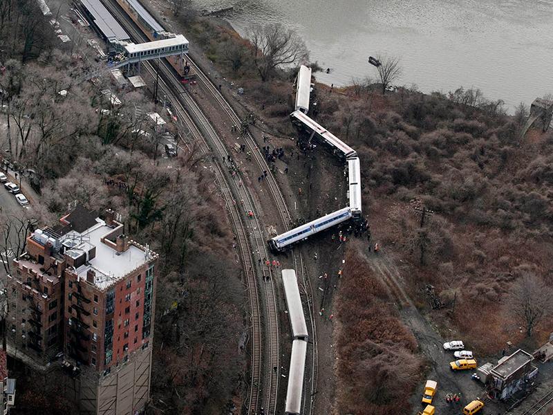 Spuyten Duyvil derailment train wreck