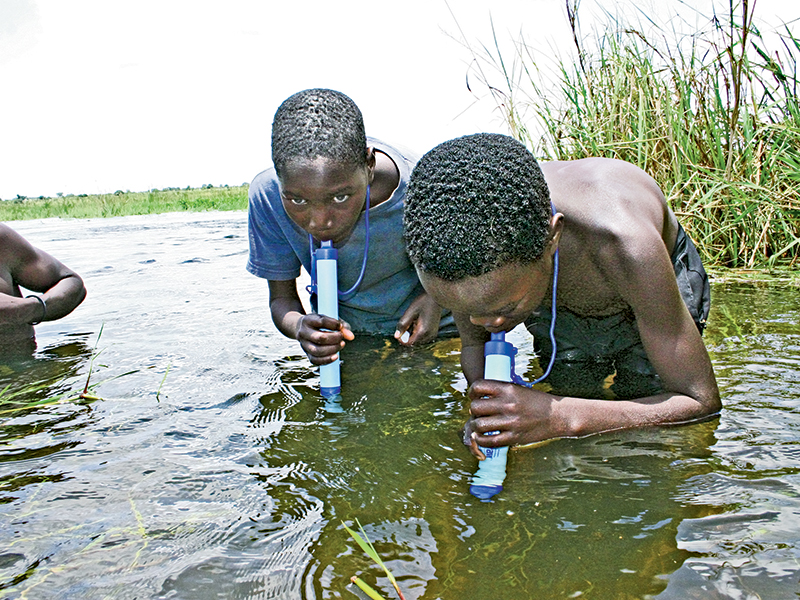Water purify EG LifeStraw lead
