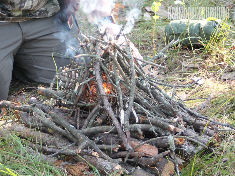 self-feeding fire for camp