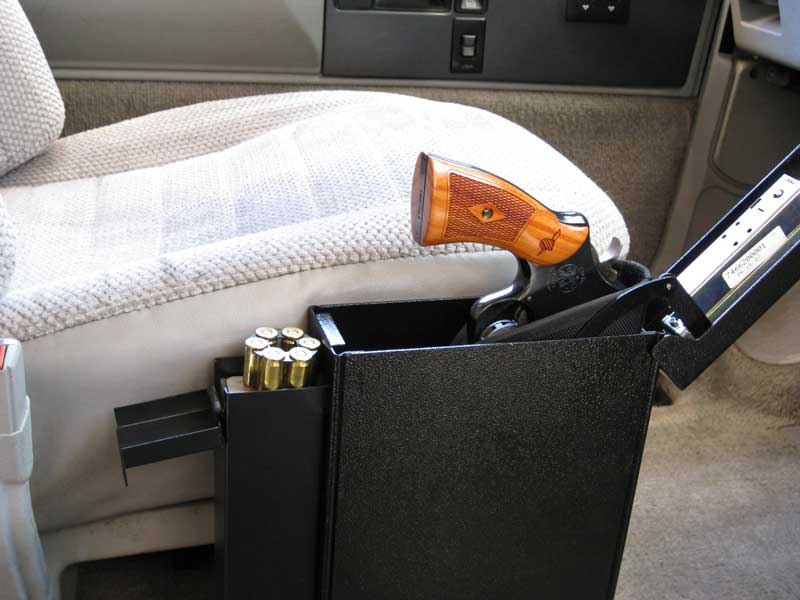 gun safe, gun safes, safes, safe, holsters, holster mounts, holster, vehicle holster, gun safe car, titan pistolvault