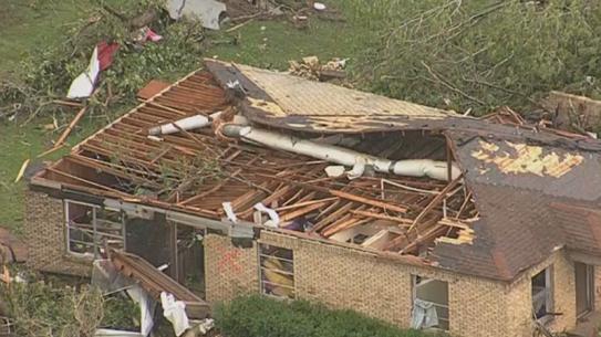 EF3 tornado Van Texas