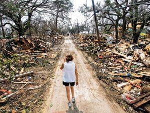 storm, storm survival, hurricane, hurricane survival, storm survival tips, storm survival checklist, hurricane survival tips, hurricane aftermath survival