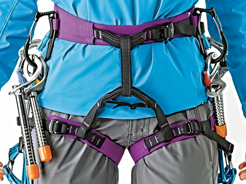 Arc'teryx Ar-385a Harness for mountain climbing
