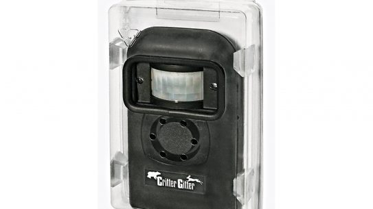 The Critter Gitter comes with a waterproof case.