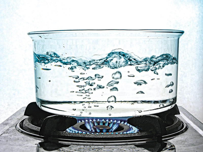 water, water purification, liquid purification, waters, water survival, water purification technique, water boil
