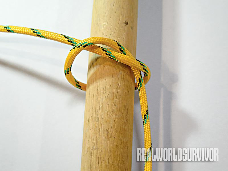 Learn to knot a half hitch.