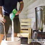 Dissolving sugar in corn wine