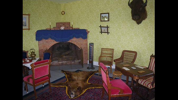 theodore roosevelt chateau de mores parlor