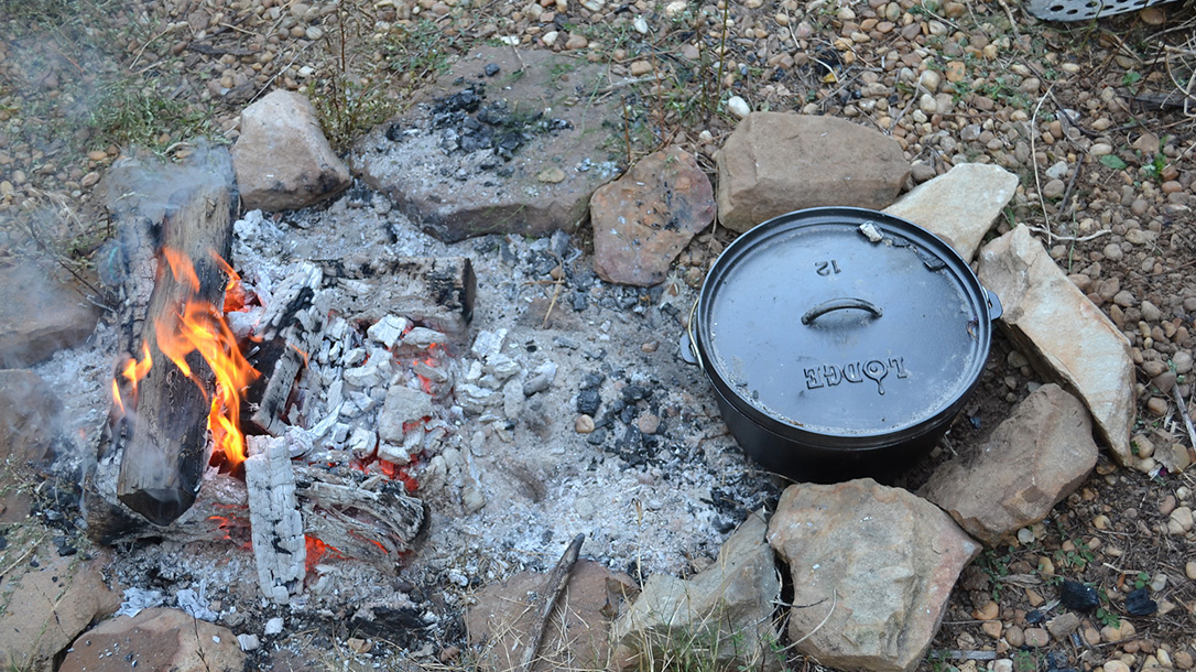 Dutch oven, cooking, fire ring