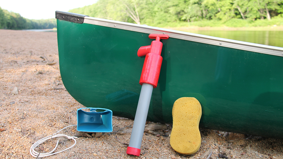 Canoe bailing out devices water