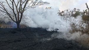 Kilauea eruption, rushing gas, fissures 16 and 20
