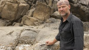 drinking urine, Les Stroud, Survivorman