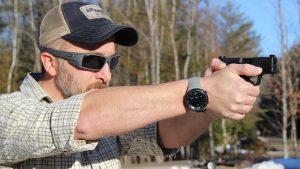 handgun aiming