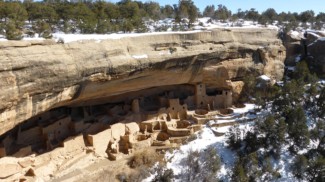 Passive Solar Home: Mesa Verde, cliff dwellers