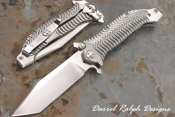 Darrel Ralph Designs has announced the release of the Expendables 4-inch knife.
