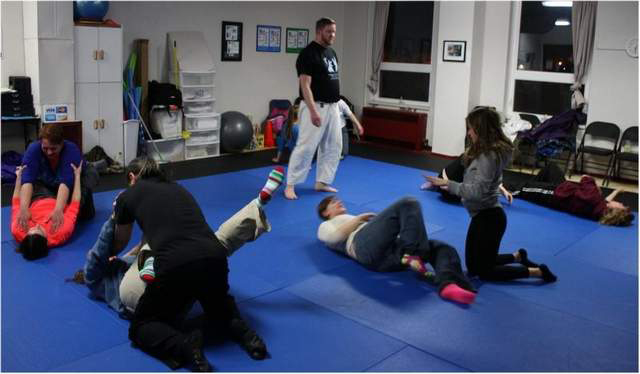 Womens-self-defense-mechanics