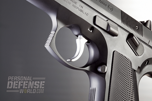 The DA/SA 97 B features a smooth-faced trigger and a widened triggerguard for use with gloves.