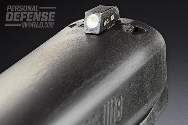 The P226 Elite SAO features Sig's proprietary front and rear SigLite Night Sights, which, thanks to tritium inserts, are easily visible in low light conditions.