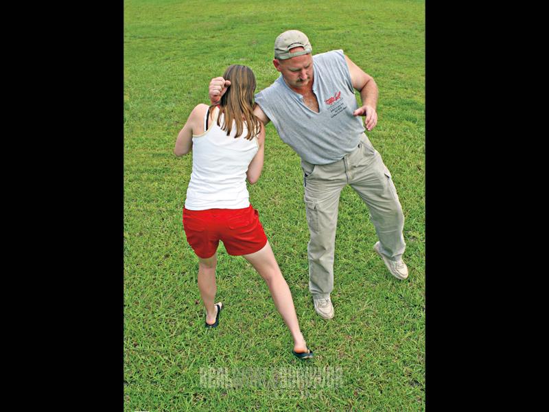 self defense escape tactics, twist
