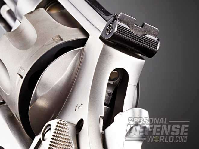 The 929 features a rugged, adjustable rear sight.