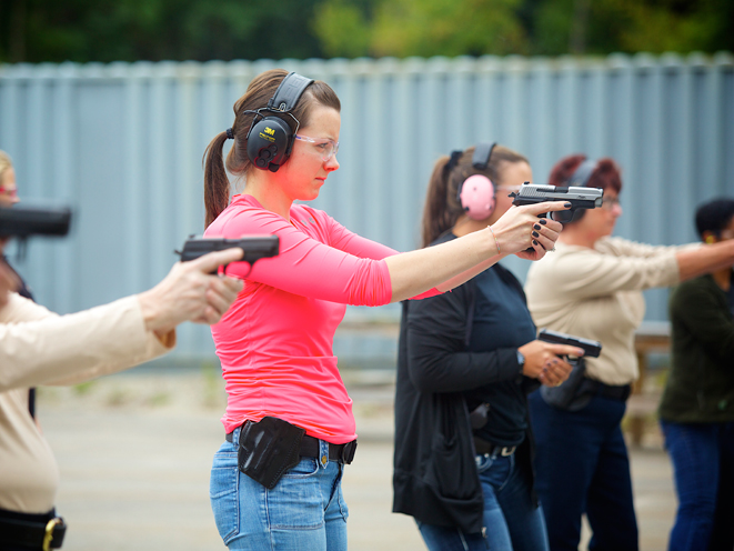 Ladies-Only Firearms Training Classes, firearms training, firearms training class, ladies-only gun training, sig sauer academy gun