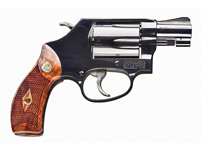 smith wesson classic, revolver, revolvers, concealed carry handguns, concealed carry handguns buyer's guide, concealed carry revolver, concealed carry revolvers