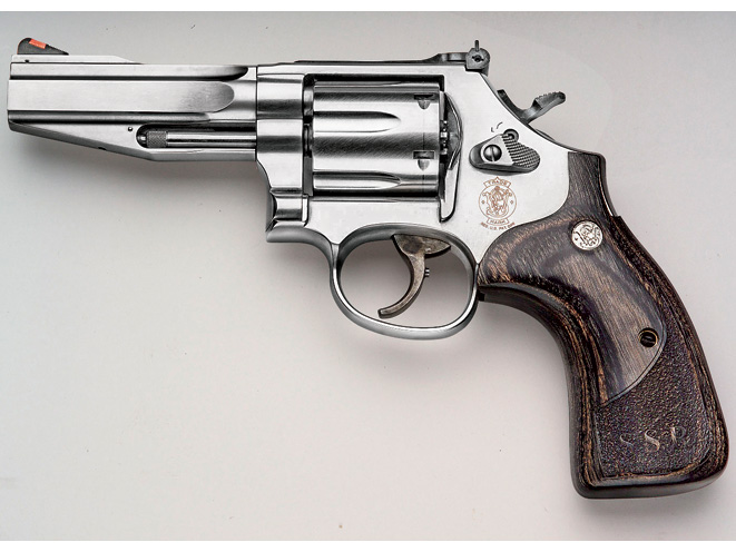 revolvers, revolver, six shooter, six-shooter, six-shot revolvers, .357 magnum, .357 magnum revolvers, .357 magnum revolver, .357 revolver, smith wesson model 686 SSR
