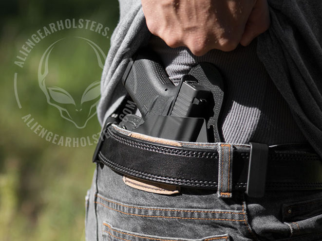 alien gear, alien gear holster, alien gear holsters, alien gear cloak tuck, alien gear cloak tuck 2.0, alien gear cloak tuck 3.0, cloak tuck 2.0, cloak tuck 3.0, alien gear concealed carry