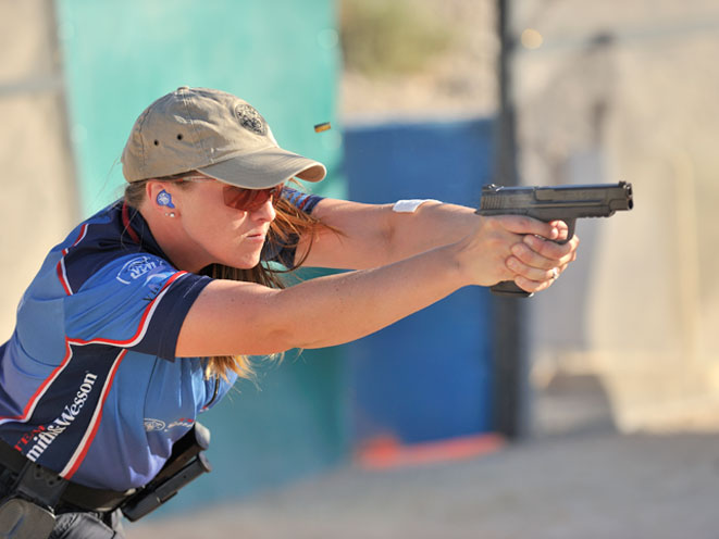 julie golob, smith wesson julie golob, smith & wesson, smith & wesson julie golob, julie golob shooting