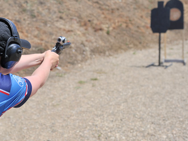 julie golob, smith wesson julie golob, smith & wesson, smith & wesson julie golob, julie golob range