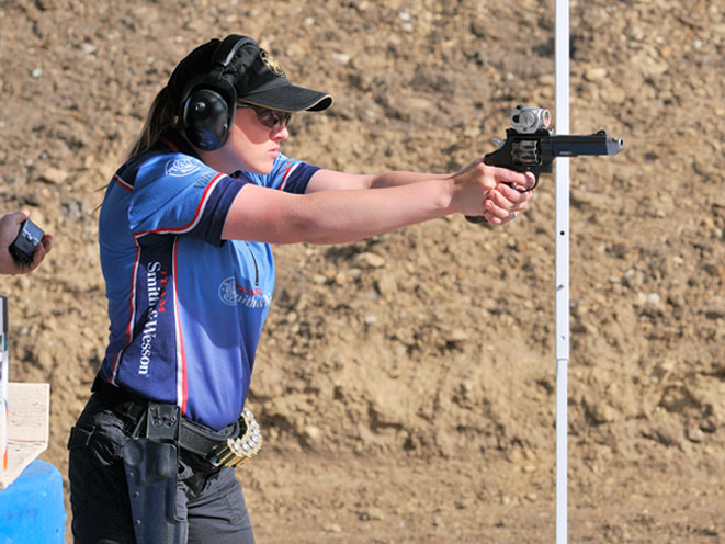 julie golob, smith wesson julie golob, smith & wesson, smith & wesson julie golob, julie golob match