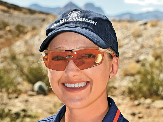 julie golob, smith wesson julie golob, smith & wesson, smith & wesson julie golob, competition shooting julie golob