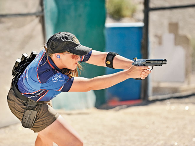 julie golob, smith wesson julie golob, smith & wesson, smith & wesson julie golob, competitive shooting
