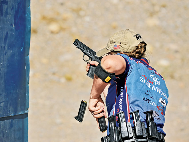 julie golob, smith wesson julie golob, smith & wesson, smith & wesson julie golob, competitive shooting julie golob