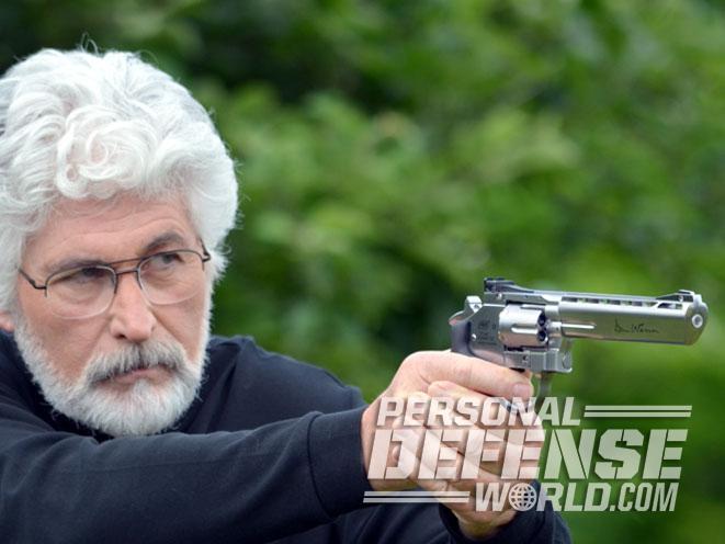 air pistol, air gun, airgun, air pistol revolver, asg, umarex, asg dan wesson, asg dan wesson revolver, umarex s&w TRR8, asg dan wesson gun test