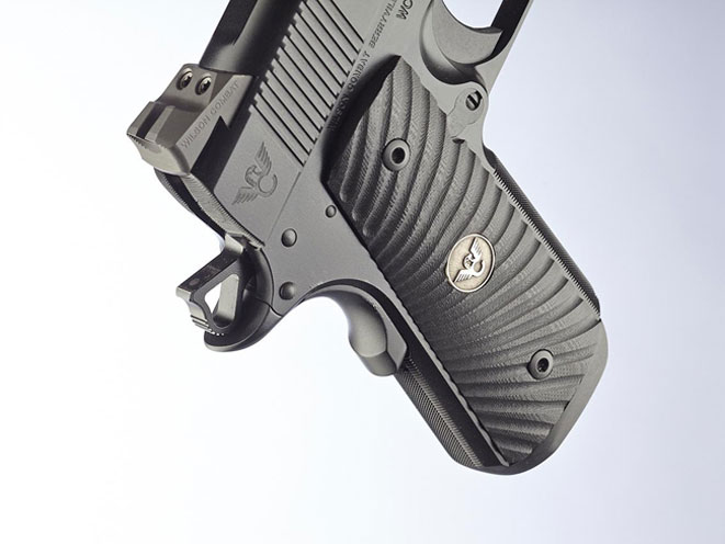 wilson combat, wilson combat tactical carry compact, tactical carry compact, tactical carry compact grip